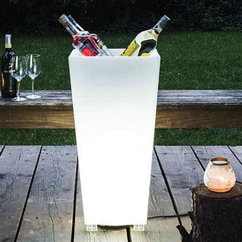 serralunga kabin illuminated outdoor planter lighted
