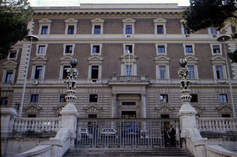 sede ministero degli interni il viminale piu controlli ed espulsioni per gli irregolari