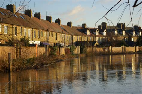 thames river isis river thames or isis oxford 169 stephen mckay geograph