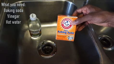 Unclog Kitchen Sink Vinegar Baking Soda How To Unclog Your Drain Sink With Baking Soda And Vinegar It Works