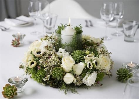 Natural Christmas Table Centerpieces - christmas centerpieces festive table decoration ideas with flowers