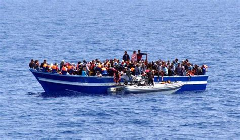 how long from libya to italy by boat europe faces renewed pressure as 700 migrants feared dead