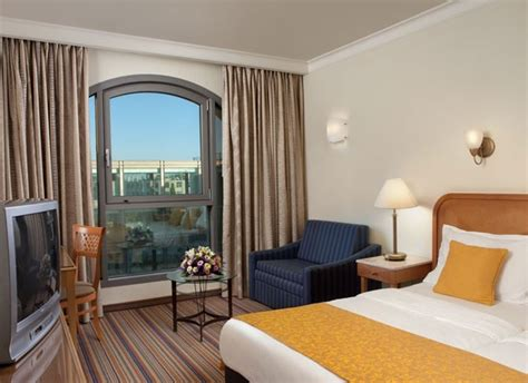 Hotel Upholstery by לינה בירושלים מלון גרנד קורט ירושלים