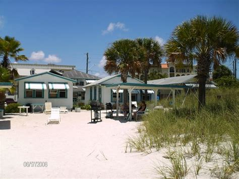 seahorse cottages treasure island 301 moved permanently