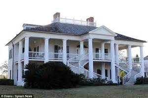 master homes louisiana s evergreen plantation used in quentin tarantino