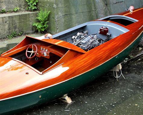 Rc Race Barn Fixitor Victorian Art Nouveau Gentleman S Racing Boat
