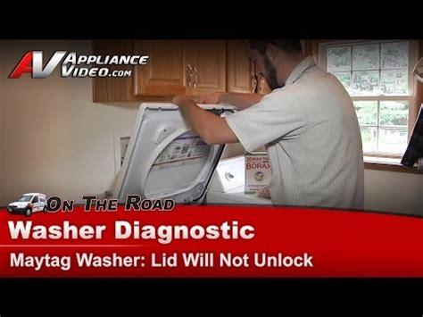 whirlpool washer sensing light flashing whirlpool washing machine lock light flashing nothing
