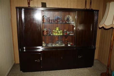 antiker wohnzimmerschrank wohnzimmerschrank antik neu und gebraucht kaufen bei