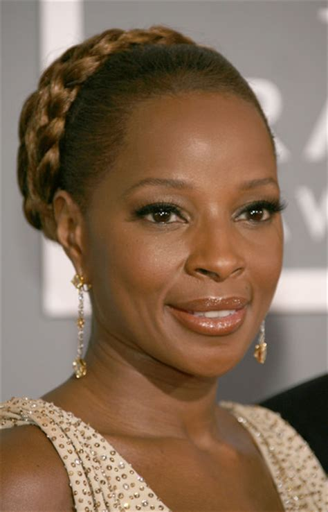 mary j blige hairstyle at the grammys more pics of mary j blige braided bun 5 of 10 braided