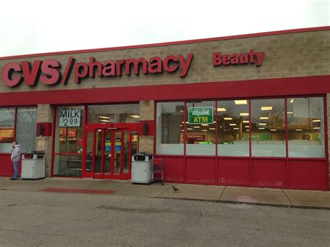 Cvs Chicago Pharmacist With Mba by Cvs Pharmacy Drugstores Edgewater Chicago Il