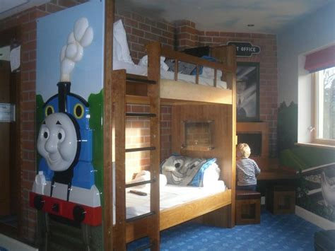 thomas themed bedroom thomas themed room picture of drayton manor hotel