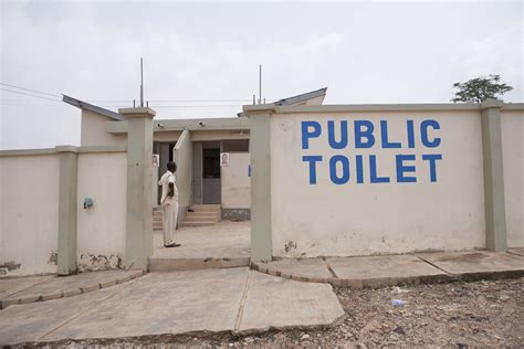 in public bathrooms find public toilet near your location with google maps sharmaji technical