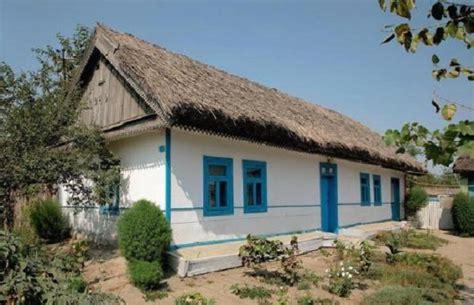 10 maisons traditionnelles du monde entier les maisons traditionnelles rurales en roumanie