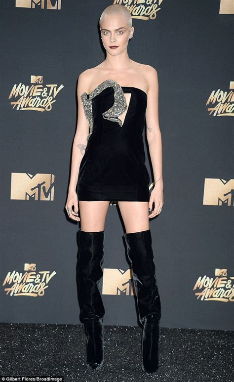 Mtv And Ford Host Model Contest For M By Carey 2 by Mtv And Tv Awards Cara Delevingne Goes