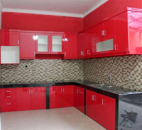 desain dapur kecil keren memasak jadi menyenangkan dengan desain dapur warna merah