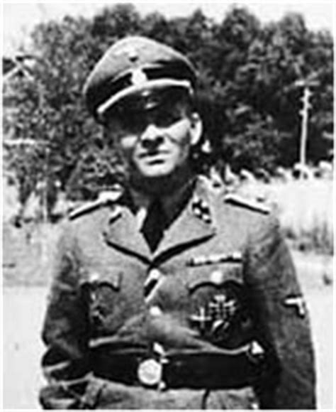 commandant of auschwitz rudolf hoss his and his forced confessions holocaust handbooks books the commandant of auschwitz cloud security