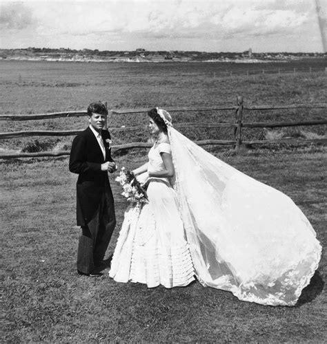 Jackie Kennedy Wedding Gown by Jackie Kennedy Wedding Dress Pictures Photos Of Jfk