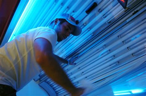 how to lay in a tanning bed how to change tanning bed ls