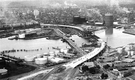 construction   connecticut turnpikes quinnipiac rive