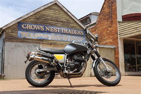 swm silver vase swm silver vase 440 scrambler review motorbike writer