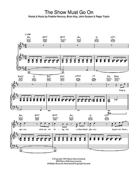 three the show must go on spartito pianoforte the show must go on di pianoforte voce chitarra