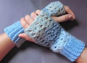 Gloves crochet pattern free easy crochet patterns fingerless gloves