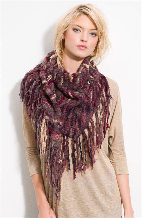 best scarf 28 best ways to wear a scarf beep