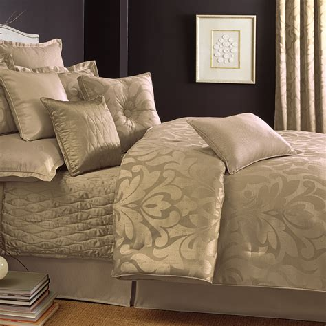 sweet dreams bedding 28 best candice comforter sets candice olson giselle