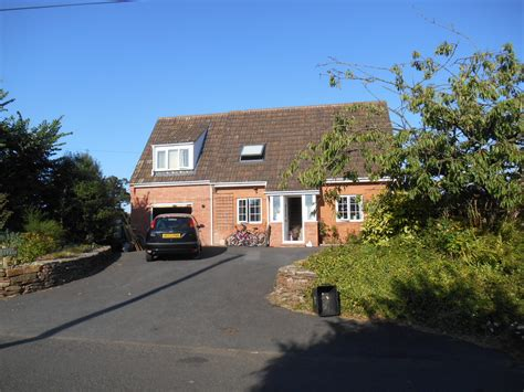 2 bedroom houses for rent in taunton 4 bed house detached to rent greenway taunton ta2 8nh