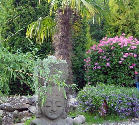 Garten Mit Steinen 3118 by Palmen Pflanzen Mediterranen Pflanzen Im Garten Bambus