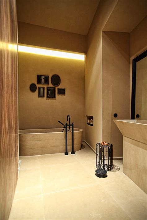Make Your Home Beam And Glow With Built In Lighting Bathroom Ceiling Design