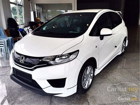 honda jazz new car deals honda jazz 2016 s 1 5 automatic hatchback white for rm