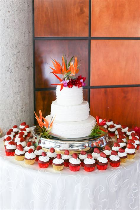 wedding cake bird  paradise tropical celebration themed destinations color flowers