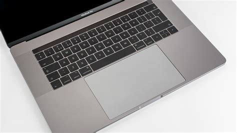 Macbook Pro 15 Inch Terbaru macbook pro 15 inch 2017 review faster stronger same