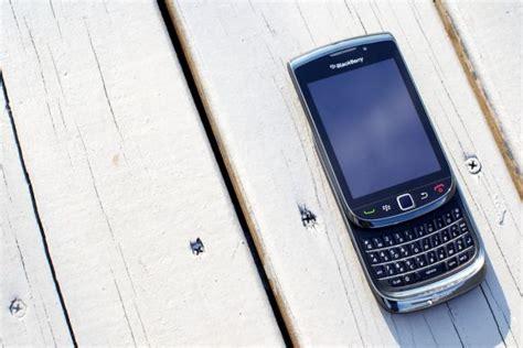 Hp Bb Torch Di Malaysia blackberry torch 9800 price malaysia soyacincau