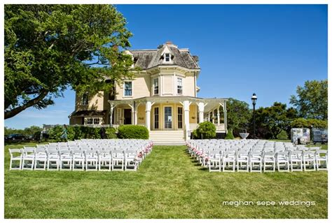 Eisenhower House Newport by Creating Couture Weddings Inspiring Chic Weddings In The