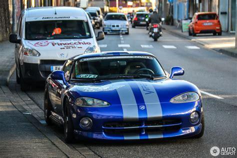Dodge Viper RT/10 1996   30 October 2016   Autogespot