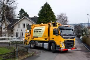 garbage truck volvo introduces autonomous garbage truck motor trend