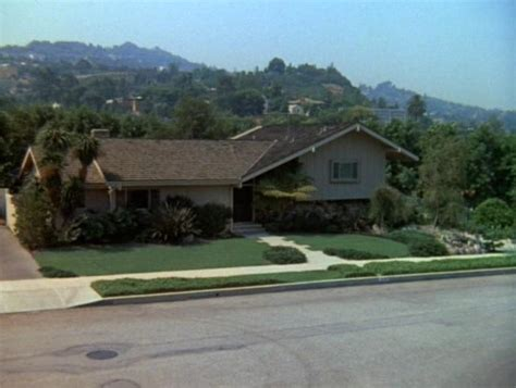 brady bunch house brady bunch house floor plan square footage house plans