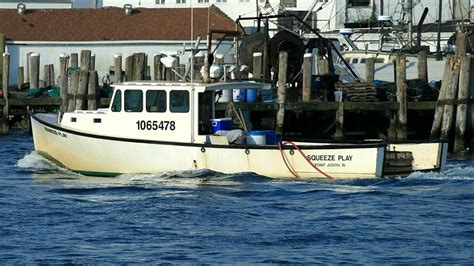 boat crash montauk coast guard respond to boating collision off block island