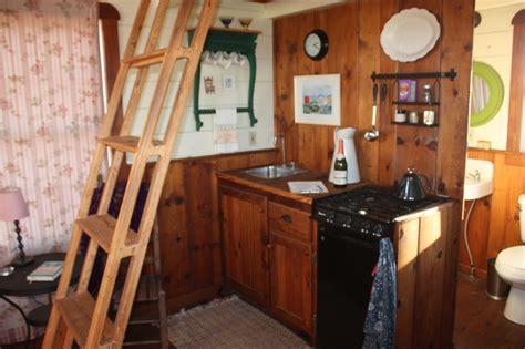 gambrel cabin kit   build diy