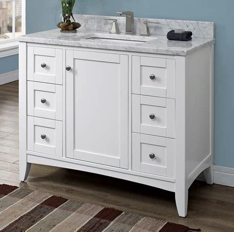 Shaker Americana 42 Quot Vanity Polar White Fairmont White Shaker Bathroom Vanity