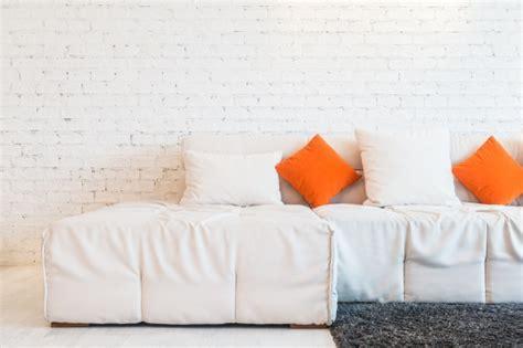 almohada con foto almohada en el sof 225 descargar fotos gratis