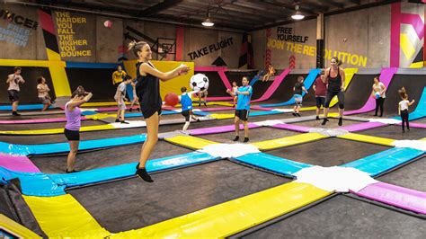 jump free indoor free jumping on 100 trolines at bounce dubai