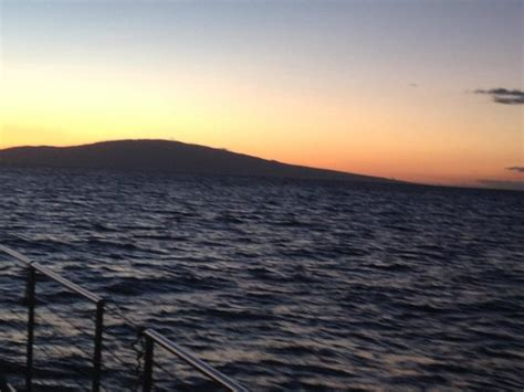 catamaran dinner cruise dallas the sun sets picture of alii nui maalaea tripadvisor