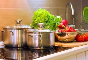 food safety risk communication in the kitchen consensus