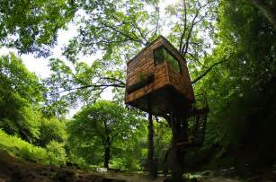 tree houses 17 of the most amazing treehouses from around the world bored panda