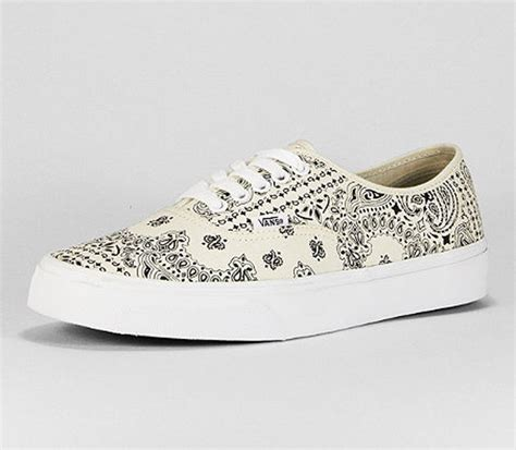 Vans Authentic Bandana Pack Black White vans authentic white bandana