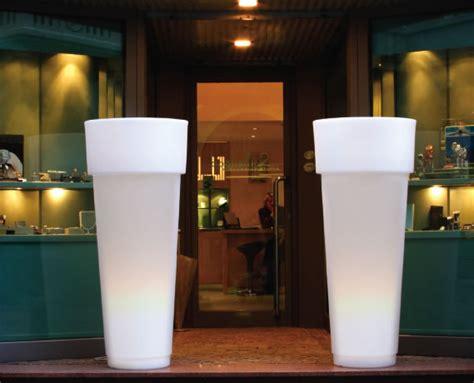 vasi con luce marcantonio con luce vasi in resina
