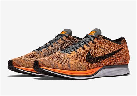 Sepatu Nike Flyknit Racer 05 nike flyknit racer total orange 526628 810 sneakernews